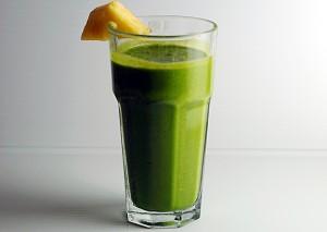 Zielone koktajle i chlorofil - co je łączy i dlaczego są takie ważne?